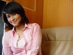 Isyana Bagoes Oka Bergabung dengan RCTI pada tahun 2007, wanita (<a href=