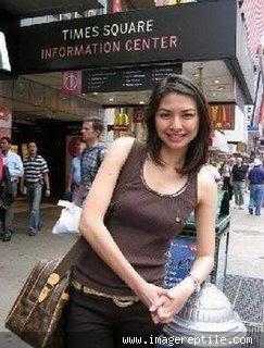 Frida Lidwina Tanadinata (lahir di Jakarta, 23 Juni 1974; umur 35 tahun) adalah presenter berita Metro TV. Ia biasa tampil dalam program berita Indonesia Now, News Flash, Metro Malam, Metro World News dan beberapa program lainnya.