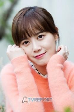 10 Aktris Cantik Korea Tanpa Operasi Plastik