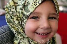 Contoh donk Kaya Anak ini Kan Cantik Pake Jilbab Ya Gk Sob !!! WOW NYA Ye