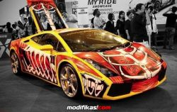 Modifikasi Mobil Lamborghini Gallardo Versi 1