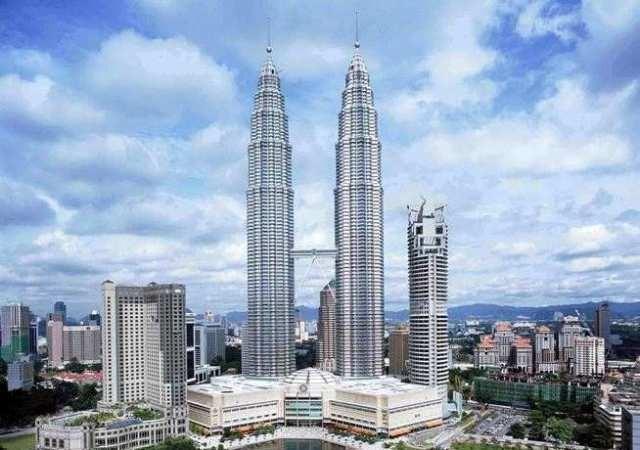 Gedung-gedung dengan tinggi spektakuler