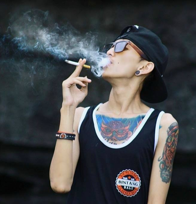 Black Smoking Boy B-)