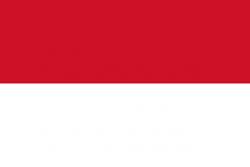 Di dunia ini terdapat tiga negara yang memiliki warna dan model bendera yang sama yaitu antara negara Indonesia, Polandia, dan Monaco. taukah anda negara mana yang pertama kali menggunakan warna merah putih sebagai lambang bendera. Bagi anda yang masih bingung. Berikut informasi menarik yang perlu anda tau : 1. POLANDIA: Bendera Polandia terdiri atas dua garis horizontal dengan lebar yang sama, bagian atas putih dan bagian bawah merah. Dua warna tersebut didefinisikan dalam konstitusi Polandia sebagai warna nasional. Putih dan merah secara resmi diadopsi sebagai warna nasional pada tahun 1831. Hal itu didasarkan atas tincture (warna) khas dari lambang dua negara konstituen Persemakmuran Polandia-Lituania, yaitu Elang Putih dari Polandia dan The Pursuer of Lituania, seorang ksatria berkulit putih yang menunggangi kuda putih lengkap dengan perisai merah. Sebelum itu, tentara Polandia memakai kombinasi berbagai warna. Bendera nasional secara resmi diadopsi pada tahun 1919. Sejak tahun 2004, Polish Flag Day dirayakan pada tanggal 2 Mei. 2. MONACO: Bendera nasional Monaco terdiri atas dua strip horizontal yang sama, merah (atas) dan putih (bawah). Warna Merah dan Putih sudah menjadi corak khas The House of Grimaldi paling tidak semenjak 1339, namun dengan desain yang berubah-ubah.. Desain dua warna diadopsi pada tanggal 4 April 1881, di bawah pimpinan Pangeran Charles III. Bendera Monako yang asli (berbentuk sama dengan Bendera negara Monako tapi dengan gambar simbol negara versi sebelumnya di tengahnya) sudah digunakan sejak awal kerajaan ini berdiri, kecuali saat Monako di-aneksasi Perancis pada periode 1793-1814. Bentuknya kini yang lebih sederhana mulai digunakan sejak 4 April 1881. 3. INDONESIA: Bendera nasional Indonesia, yang dikenal sebagai Sang Saka Merah Putih (Merah Putih) didasarkan pada bendera Kerajaan Majapahit pada abad ke-13 di Jawa Timur. Bendera itu sendiri diperkenalkan dan dikibarkan secara resmi di hadapan dunia pada upacara Hari Kemerdekaan Indones
