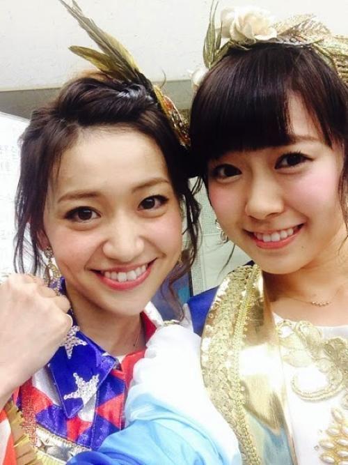 oshima yuko and minegshi minami :3 >.<