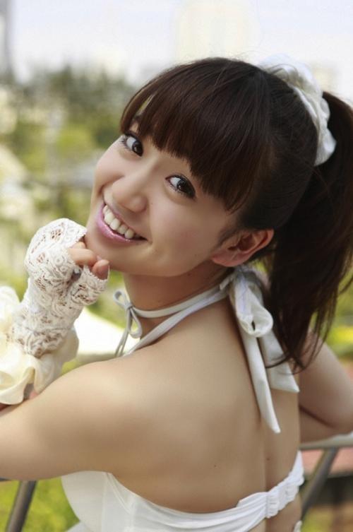 oshima yuko is very beautiful, right..? wow-nya mana, nih?