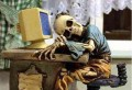 Ternyata Duduk Lama Mantengin Komputer Bisa Menimbun Penyakit Loh!!