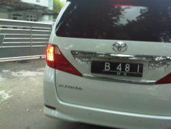 35 Plat Nomor Kendaraan Gokil yang bikin Ngakak!