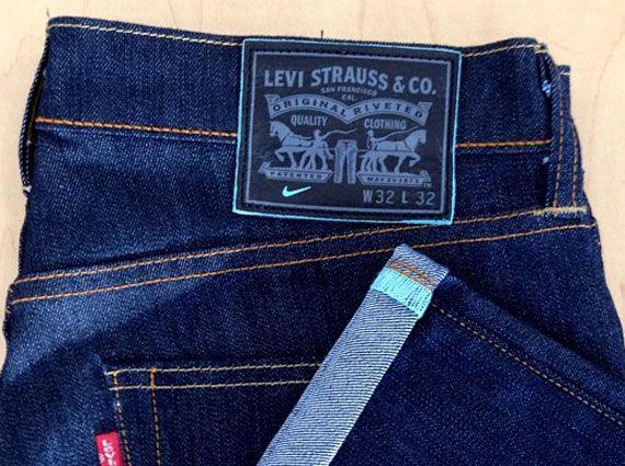 Levis = Celana Jeans Padahal Kan banyak merk-merk terkenal Celana Jeans,,,tapi keren aja sih bilang Levis gitu daripada Jeans