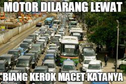 (30 Gambar) Meme Lucu Pengendara Motor Indonesia