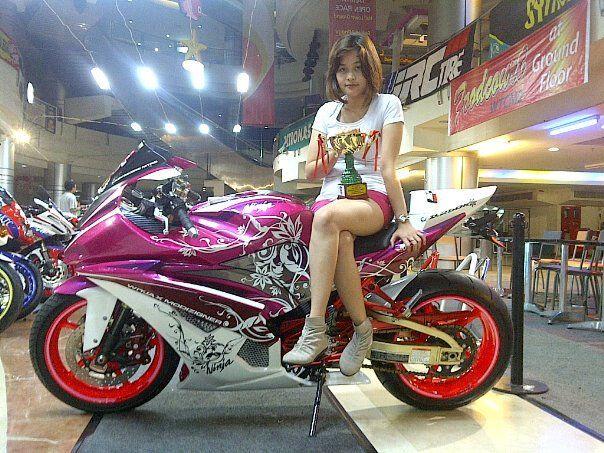 Kawasaki Ninja 250 FI yang sudah di Modif