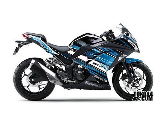 Kawasaki Ninja 250 warna biru ini yang cool cocok banget buat cari perhatian para cewek-cewek