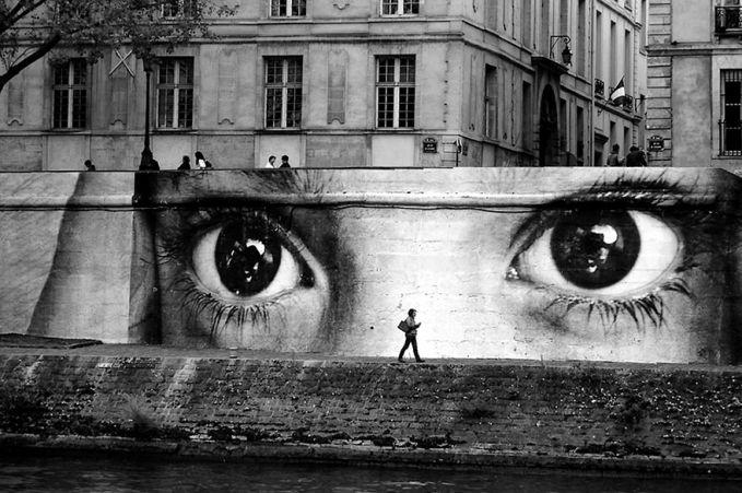 Paris Ada banyak hal yang menarik untuk dilihat dan dikunjungi di Paris. Street Art adalah salah satu yang membuatnya begitu menarik.