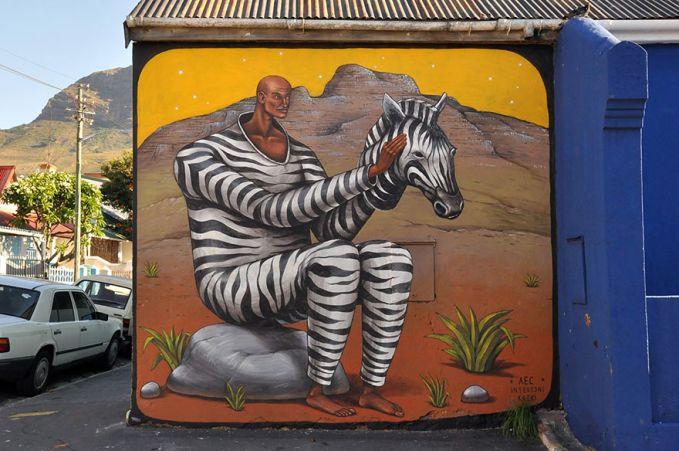 Cape Town, Afrika Selatan Street Art merupakan luapan ekspresi yang sudah biasa di Cape Town. Kota ini membebaskan seni grafiti berkembang bebas.