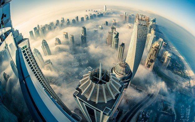 Seperti Kota Di atas awan, dengan segala kemegahannya