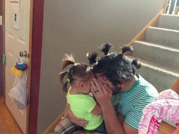 ikat rambut yang sama dong ayah? why not!