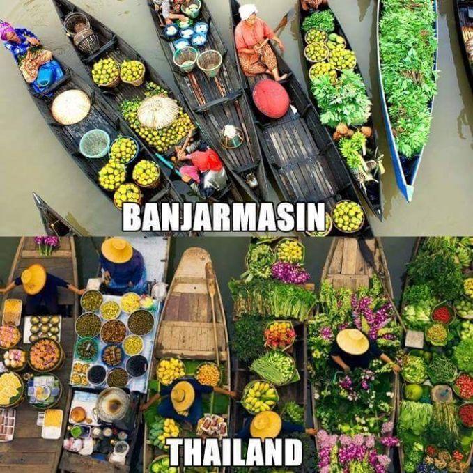Pasar terapung nggak cuma ada di Thailand, tapi juga bisa kalian temui di Pasar Terapung Muara Kuin.