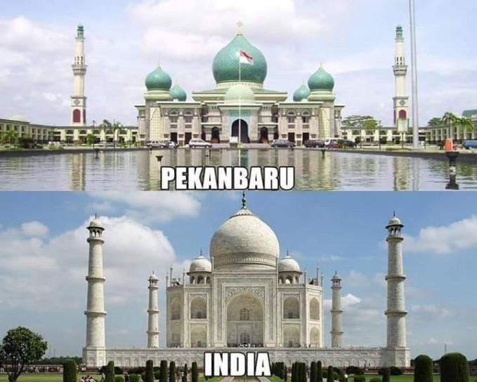 Masjid Agung An-Nur yang sangat megah, nggak kalah dengan Taj Mahal.
