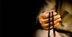 Keutamaan dan Manfaat Doa Qunut Perlu Anda Ketahui