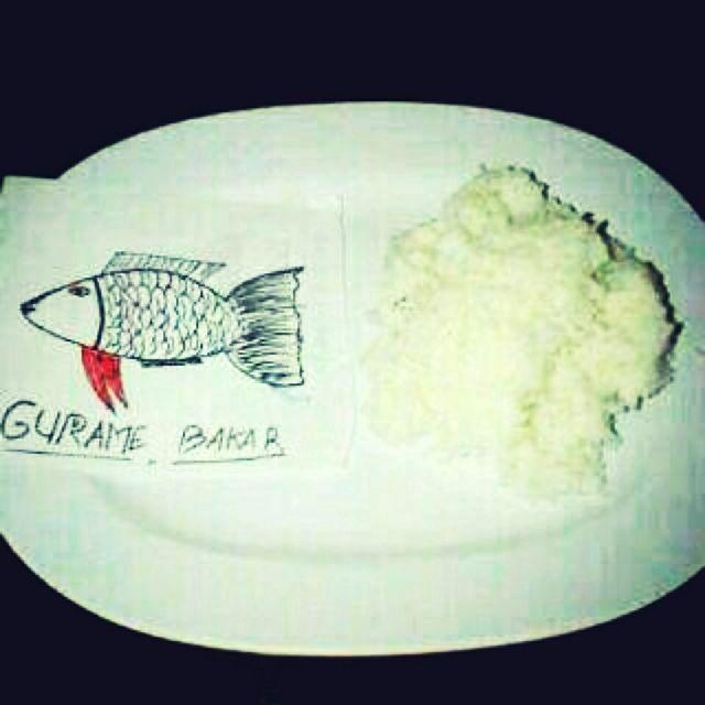 makan lauknya ikan gurame biar disangka orang kaya, difoto terus upload deh di sosmed