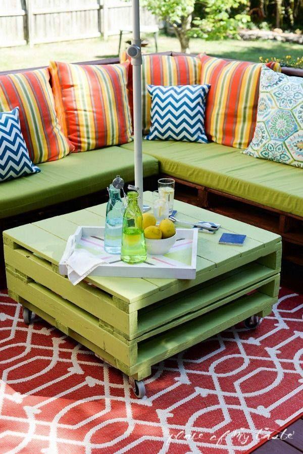 Keren 10 Desain Furniture Ini Memanfaatkan Pallet Kayu Bekas