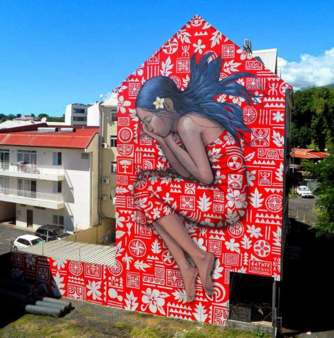 Julien Malland adalah seniman jalanan Perancis yang juga dikenal dengan nama Seth Globepainter.