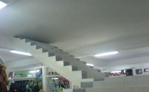 stairway to heaven? bukan. stairway to hell!