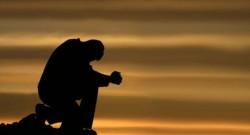 Kisah Miris, Penyesalan Anak Durhaka yang Diberikan Mata Oleh Ibunya