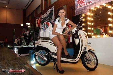 4. Honda Scoopy