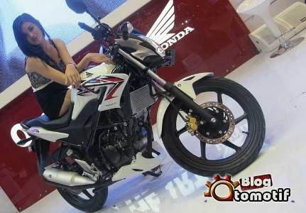 10. Honda CB150R StreetFire
