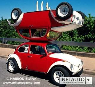 Mirror Car. Begitu sebutan modifikasi mobil ini. Kalau yang diatas, gimana duduknya ya?