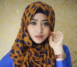 Fakta Tentang Natsaha Farani, Hijabers Populer Di Youtube