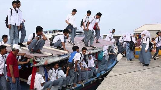 #8 Beramai-ramai naik kapal demi menimba ilmu