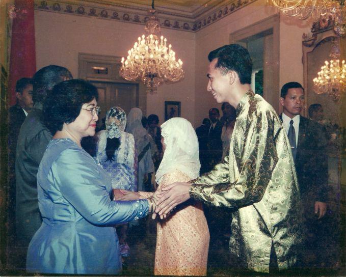 Ibu Megawati pas lagi acara open house