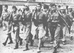 WOW KEREN BANGET! Tentara Indonesia Emang Gagah Mulai Jaman Dulu!