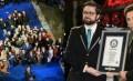 Tongsis Terpanjang Masuk Record Dunia