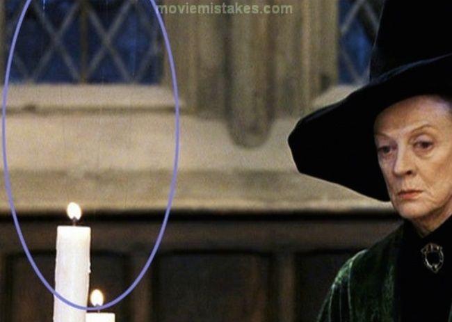Harry Potter Sudah tidak terlihat seperti sihir, karena jelas terlihat kabel tipis diatas lilin.