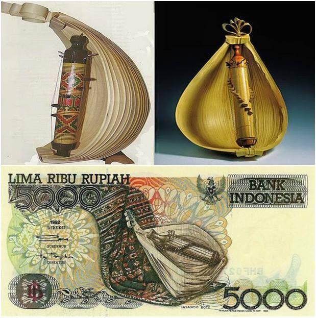 Sasando Rote, sebuah alat musik dawai yang berasal dari pulau Rote, Nusa Tenggara Timur.