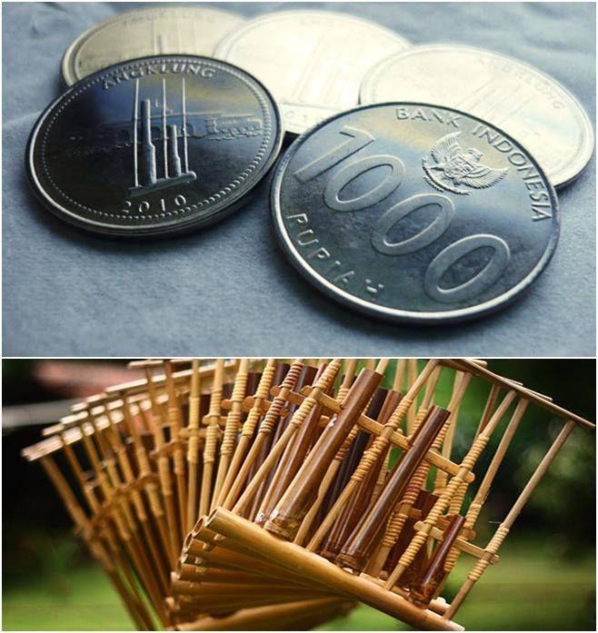 Angklung, salah satu alat musik tradisional yang berasal dari daerah Jawa Barat.