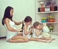 Like mother, Like Daughter..15 Foto Ibu dan Anak Perempuan yang Akan Membuatmu Terkesima