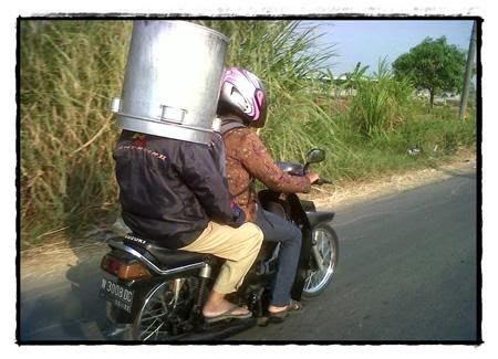Helm Luar Angkasa