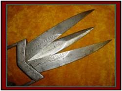 WOW... INI DIA Senjata Tradisional Unik Yang Kamu Harus Tahu...!!!