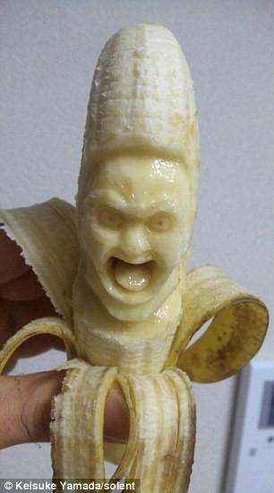 haha... ekspresi wajah di dalam buah pisang...
