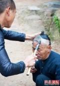 8 Fakta Pangkas Rambut Terekstrim yang Bikin Ketawa & Terhibur !!