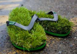KEREN ! Kumpulan Sandal japit Paling Kreatif di Dunia !