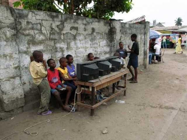 4.Rental Nya Afrika :v