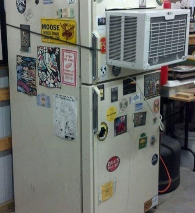 AC sama kulkas dijadikan satu.