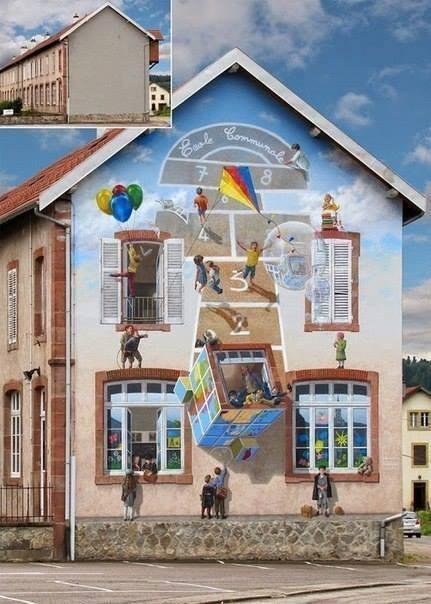#4 PERMAINAN ANAK Coba lihat pada pojok kiri atas gambar! Itu adalah dinding gedung yang masih kosong. Dengan beberapa ide yang kreatif dapat menarik perhatian anak-anak untuk bermain seperti permainan yang ada di gedung.