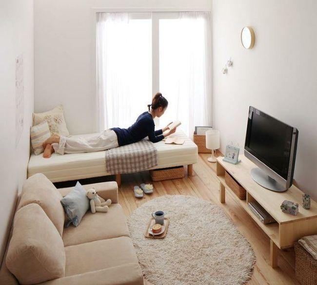 Simple tapi nyaman banget, dan kebutuhanmu semua ada dikamar ini.