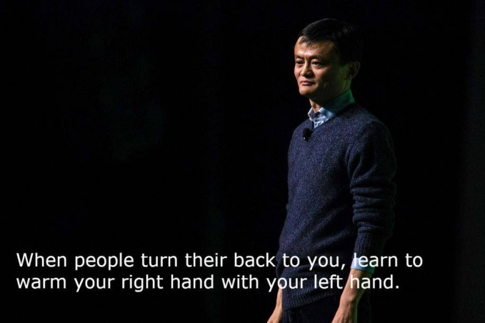 #13 Saat orang-orang menolakmu, belajarlah untuk menghangatkan tangan kananmu dengan tangan kirimu. Ketika segala usahamu belum membuahkan hasil, tetaplah menjaga semangatmu supaya terus berkobar.